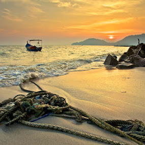 20120727 Sunset in Gold by Christopher Harriot - Landscapes Sunsets & Sunrises