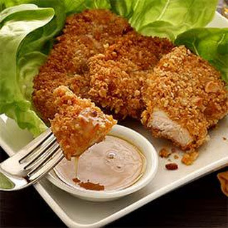 Paleo Macadamia-Crusted Chicken with Honey-Mustard Sauce
