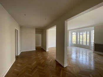 Appartement 5 pièces 156,3 m2