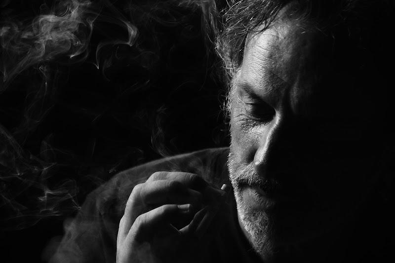 Smoking soul di Lorenza Cini