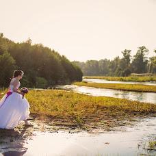 Wedding photographer Elena Mostovykh (Abrikatin). Photo of 07.12.2014