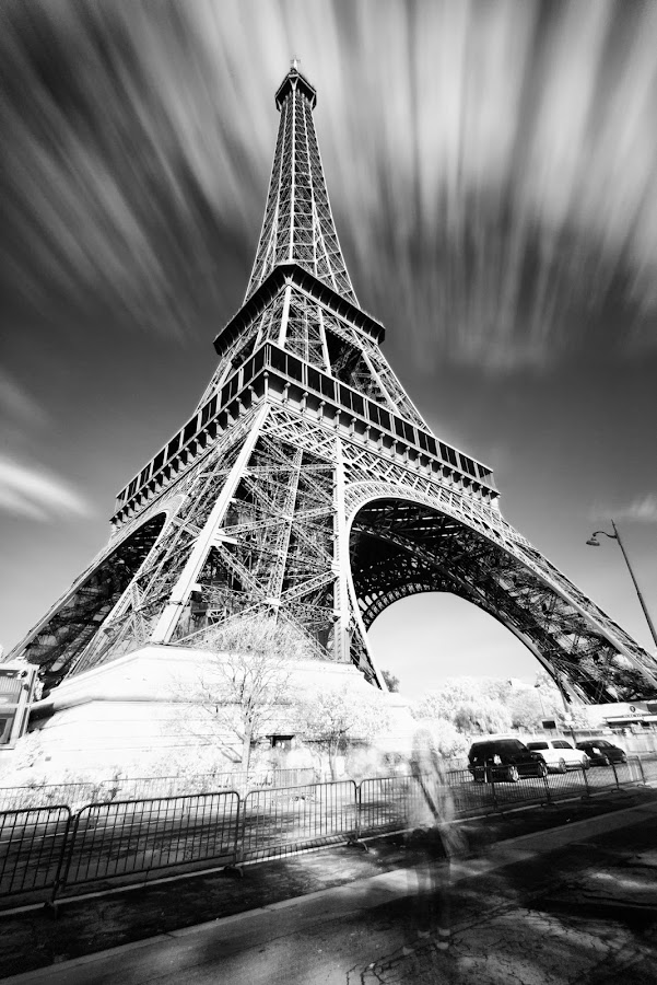 eiffel tower by Carlo Romero - Buildings & Architecture Statues & Monuments