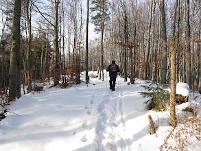 Photo: 22.Grań Śnieżnicy: jest trochę śniegu, ale na szczęście już przetarte.