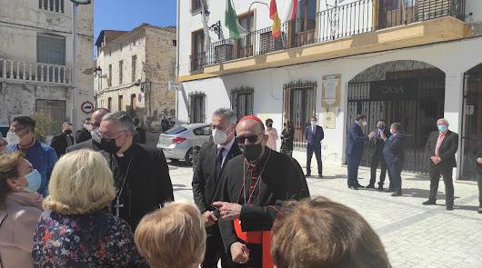 Visita histórica a Almería: el cardenal Omella recorre la provincia