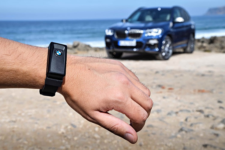 The company has introduced a Land Rover style activity wrist key for the X3