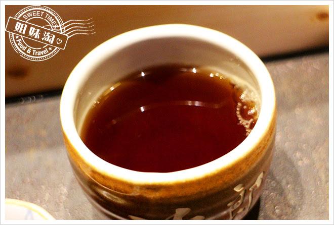 次郎本格日本料理紅茶