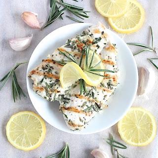 Deliciously Simple Garlic and Rosemary Chicken {Gluten Free & Paleo Friendly} Recipe