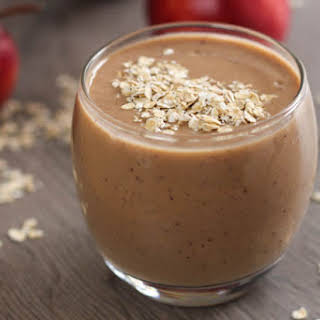 Healthy Apple Crumble Smoothie.