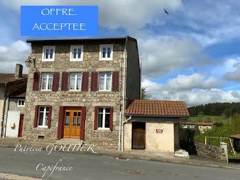 maison à Saint-Jean-la-Vêtre (42)
