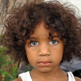 Blue eyed wild child by Rob & Zet Sample - Babies & Children Child Portraits