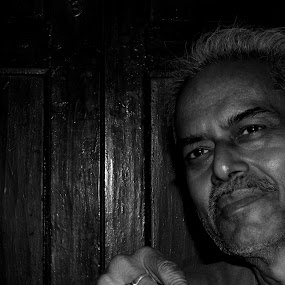 mogambo by Riddhie Basak - People Portraits of Men ( potrait, black and white, riddhie basak, old man, people )