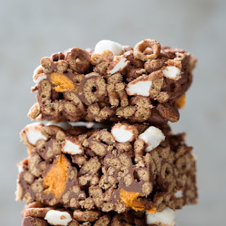 Butterfinger and Marshmallow Cereal Bars.