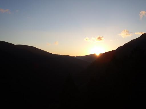 日の出を見てからスタート