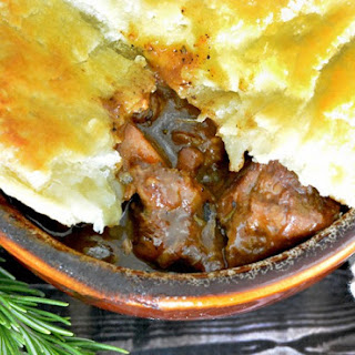 Hearty and Tender Steak and Ale Meat Pie