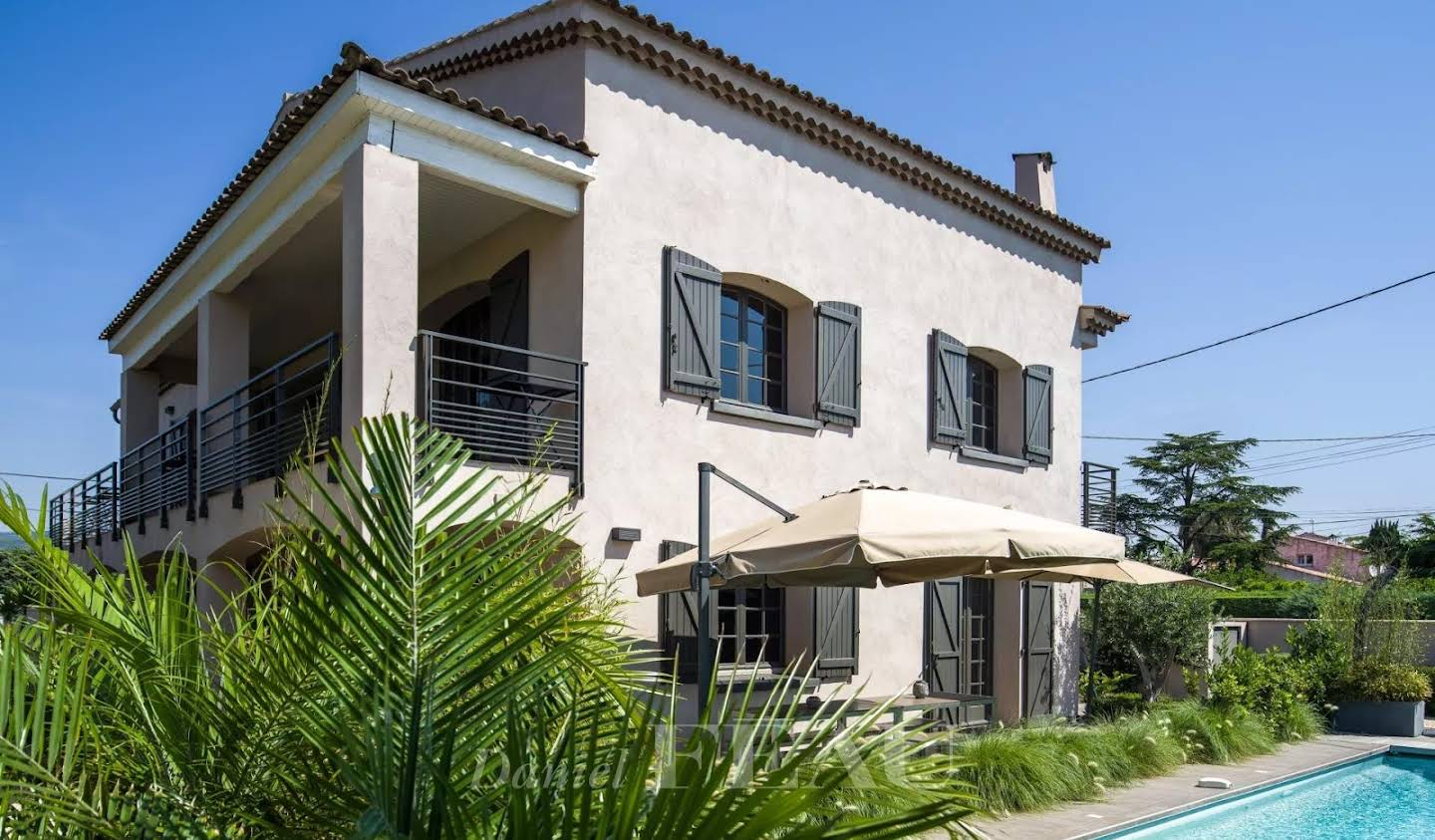 House with pool and terrace Saint-Cyr-sur-Mer