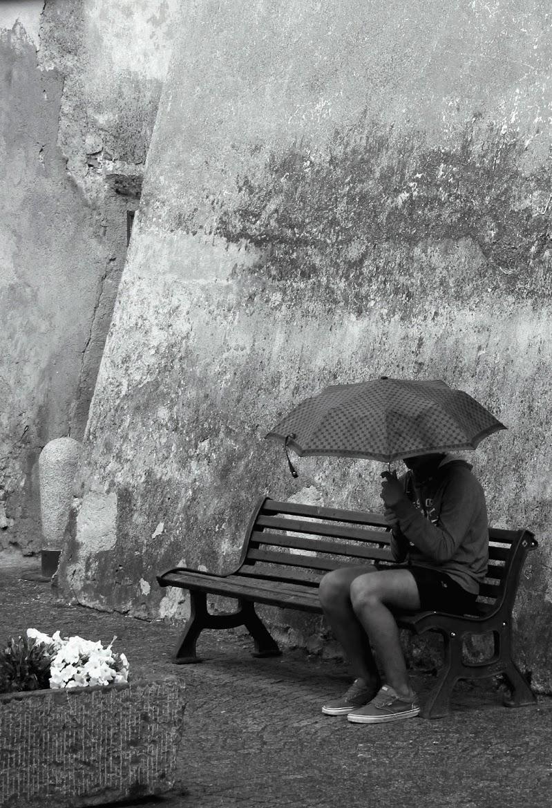 Sotto l'ombrello di gfg