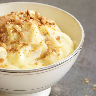 Banana Pudding with Vanilla Wafer Crumble