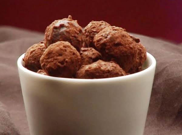 Chocolate Pumpkin Pecan Truffles Recipe