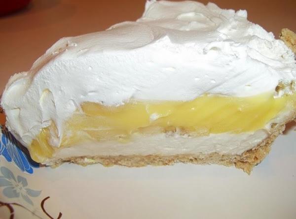 Banana Cream / Pretzel Crust Pie Recipe