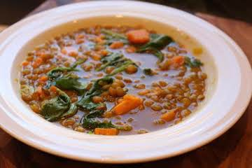 Vegetarian Lentil soup sweet potatoes & spinach