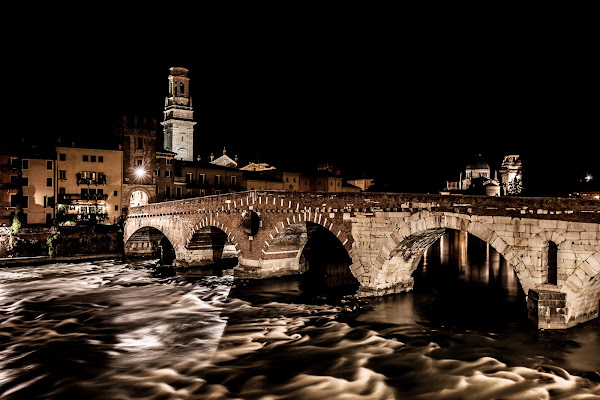 Ponte Pietra di NickAdami