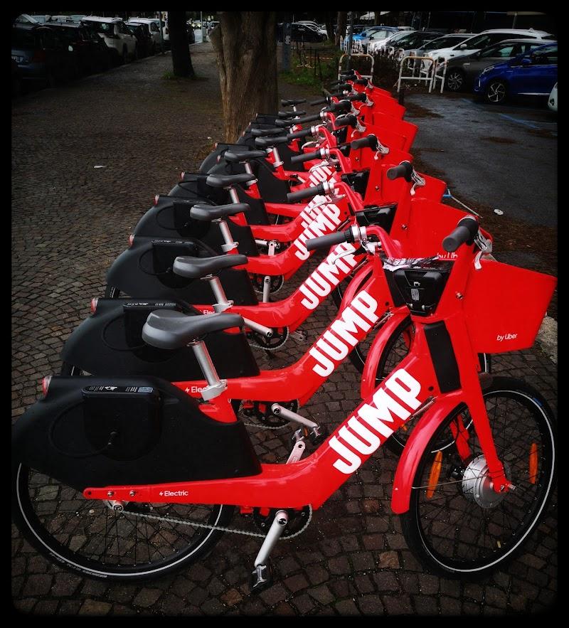Biciclette rosse di stefania_rossi