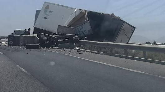 Imagen del accidente publicada en la página de Facebook Eres de Almería.