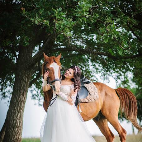 Wedding photographer Mereuta Cristian (cristianmereuta). Photo of 24.06.2017