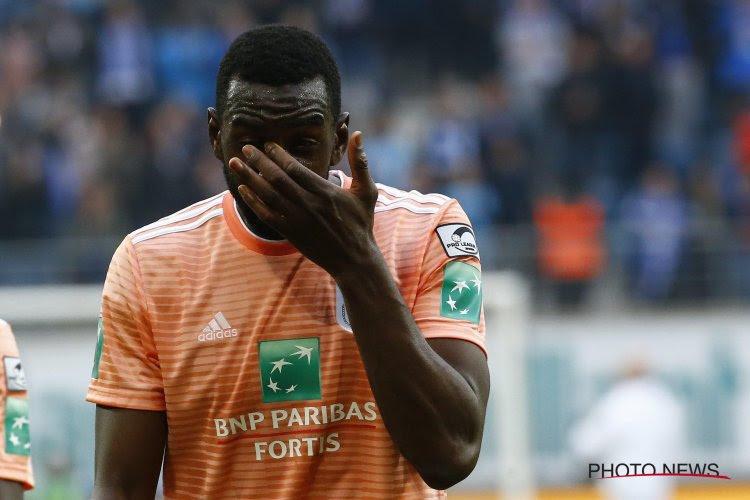 Slecht nieuws voor ex-speler van Anderlecht: Hij had getekend bij nieuwe club, maar documenten waren niet op tijd in orde geraakt