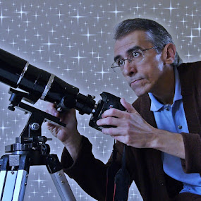 Stars All Around by Odilon Simões Corrêa - People Portraits of Men ( skygazer, camera, self portrait, gary fong, telescope, observer, selfie, odilon simões corrêa, sky, astrophotographer, self portraits, stars, myself, heavens, HDR, Landscapes )