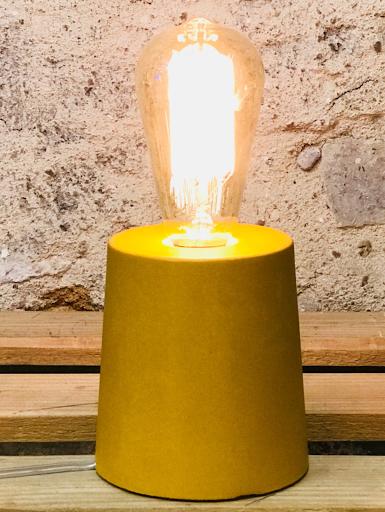 lampe béton jaune forme design fait-main création bétonoutarde