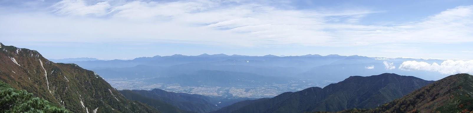 越百山からパノラマ(東側)