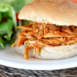 BBQ Pulled Chicken Sandwiches {Slow Cooker}.