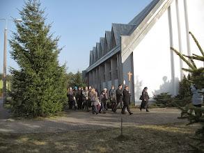 Photo: Po Mszy Św . droga krzyżowa na trasie do Sanktuarium Zawierzenia