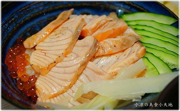 雲鳥日式料理║台中人氣日式創意料理,獨創舒芙蕾鍋燒烏龍麵/炸蝦壽司卷也特別,平價、料多實在又美味,CP破表!