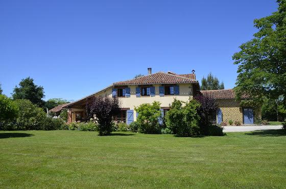 Vente maison 8 pièces 286,5 m2