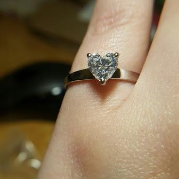心型純銀鍍鉑金高碳鑽戒指