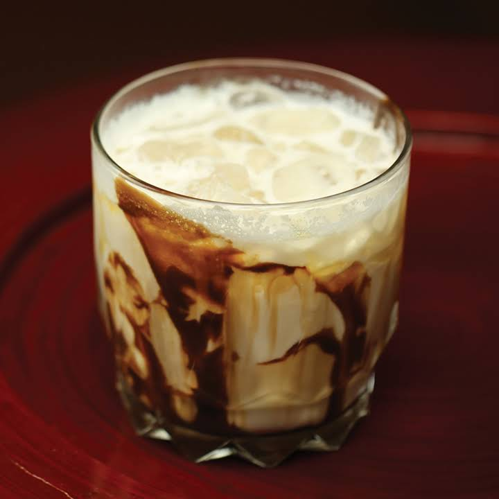 10 Best Drinks With Baileys And Vodka Recipes