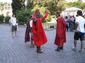 Photo: Gladiators' discussion
