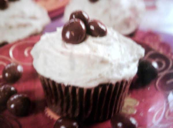 Chocolate Coffee Cupcakes With Coffee Cream Filling