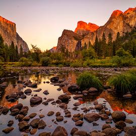 Sunset.... by John Aavitsland - Landscapes Sunsets & Sunrises ( usa, yosemite, nature, october, autumn )