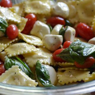 Caprese Cheese Tortellini Pasta Salad.