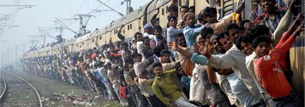 Photo: Our coverage on Budget 2013 www.financialexpress.com/budget/  Indian Express Deputy Editor Subhomoy Bhattacharjee will answer all your questions on #RailBudget from 1.30 pm today. Watch this space Image: An overcrowded train. Reuters