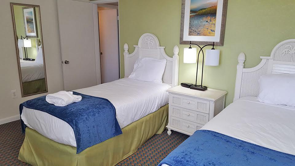 2 Bedroom Suite Picture Number 7