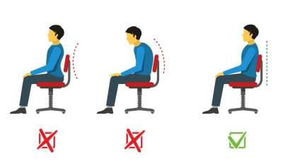 la mejor postura para sentarse en una silla gaming