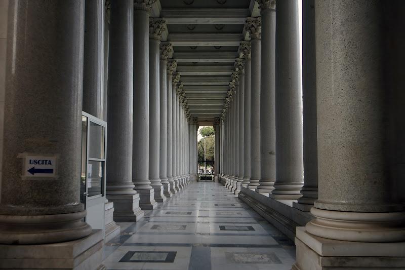 Il Colonnato di cesare carusio
