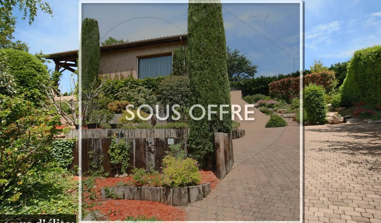 Villa avec terrasse Saint-Genis-les-Ollières