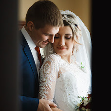 Wedding photographer Olga Popova (KrylovaOlga). Photo of 11.05.2017