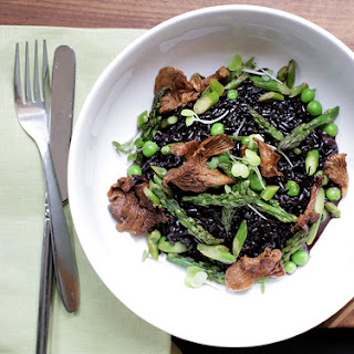 Black Rice Risotto with Peas, Asparagus & Mushrooms.