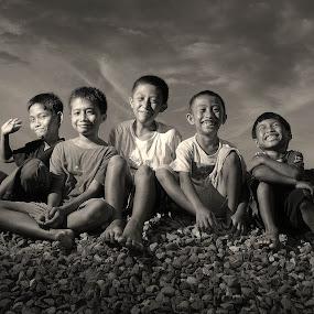 delight by Vantodes . - Babies & Children Child Portraits ( children expressive,  )